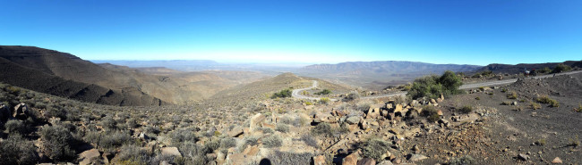 Panoramic view from the top of Gannaga pass.