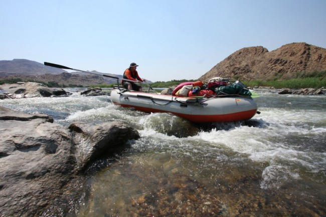 Oar rafting on Orange multiday trip